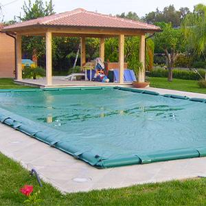 Coperture invernali per piscina prezzi for Bordi per piscina prezzi