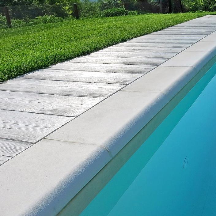Bordo per piscina sagomato roma autentika colore bianco - Piastrelle per piscina ...