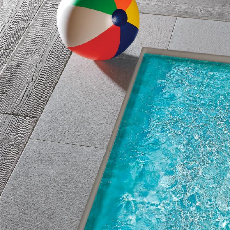 Bordo per piscina piatto capri autentika colore grigio for Colore per piscine
