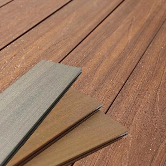 Decking wpc screen legno composito al mq for Recinzioni in legno composito