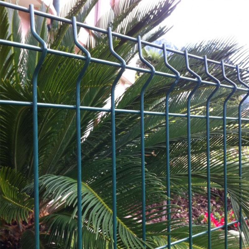 Rete metallica per recinzioni a pannelli for Pannelli recinzione giardino