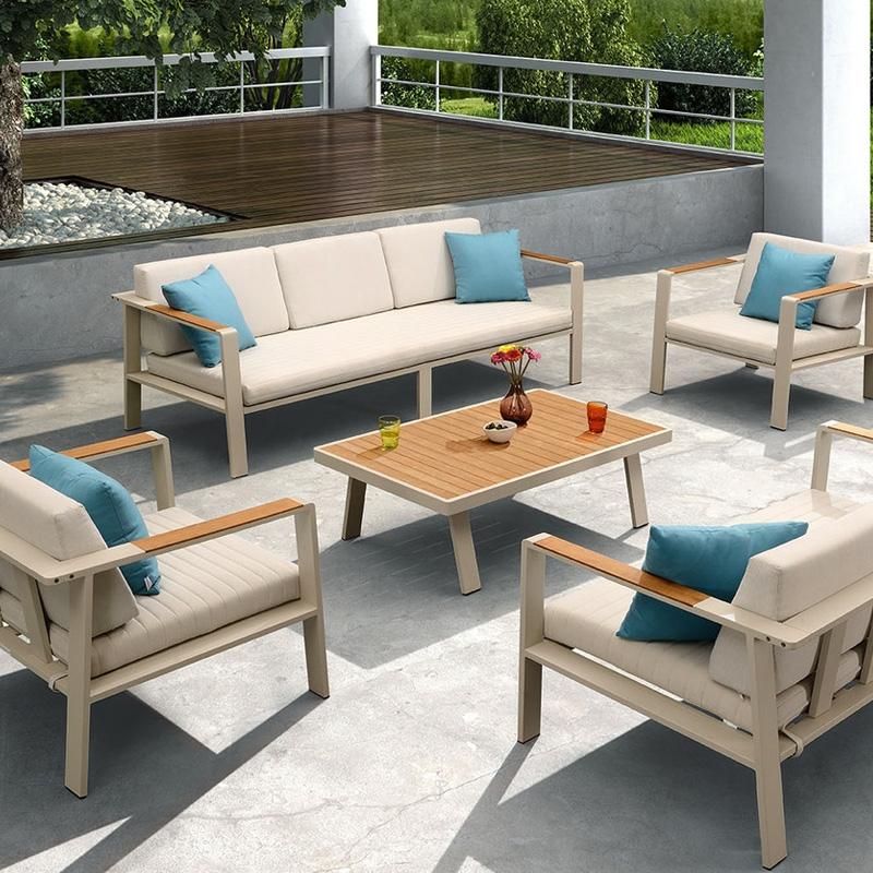 Salotto da esterno nofi by higold in alluminio e teak for Salotto da terrazzo