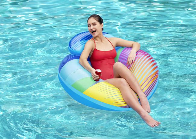 Poltrona gonfiabile luminosa per piscina