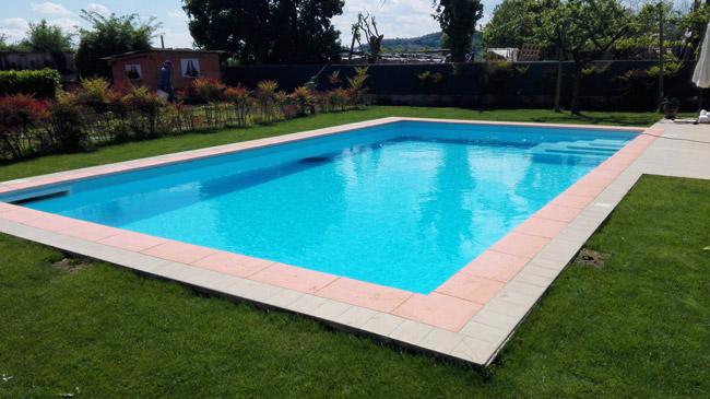 Bordo rosa per piscina JADIS