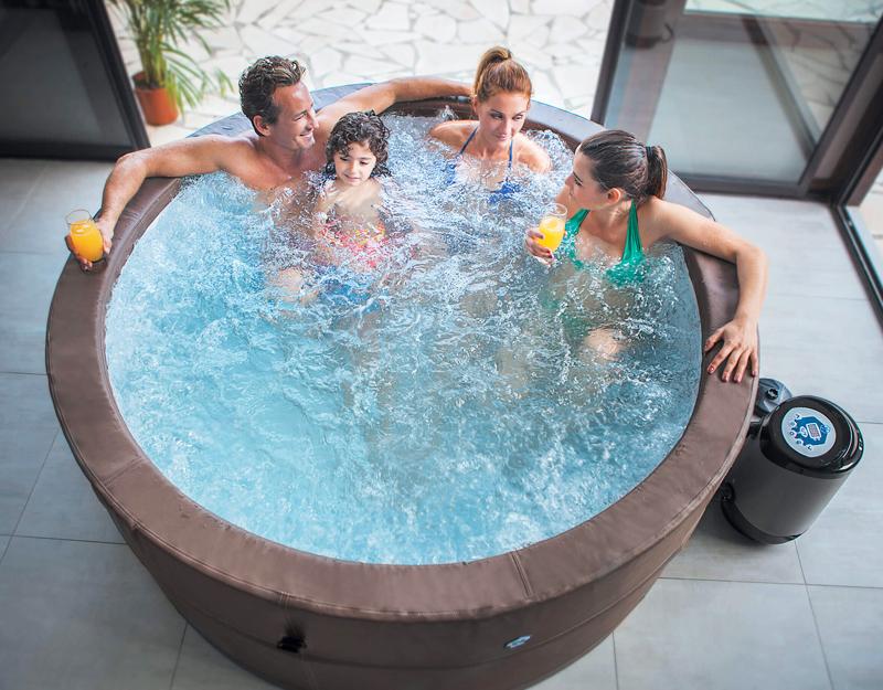 Piscina spa idromassaggio vita premium rotonda 6 persone - Piscina spa gonfiabile ...