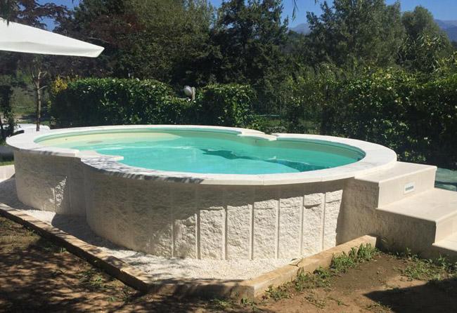 Esempio di installazione piscina interrata in lamiera ISABELLA