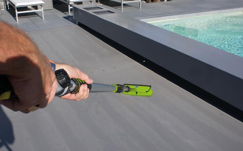 Spazzola professionale XPRO JET per pulizia coperture e bordi piscina
