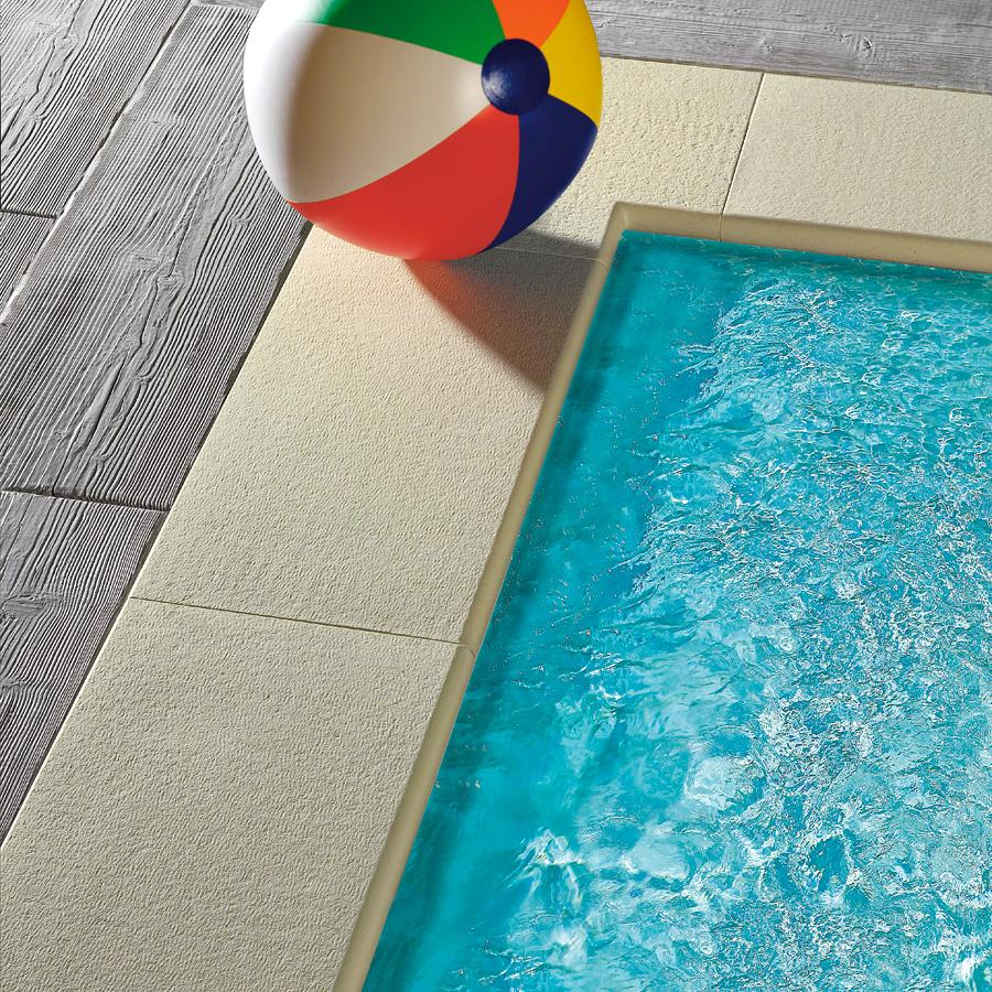 Bordo piatto capri autentika giallo sahara per piscina for Bordi per piscine