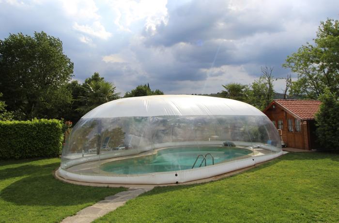Copertura gonfiabile cristalball wht per piscina prezzo al mq - Scivolo gonfiabile per piscina ...