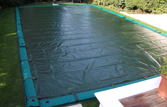 Salsicciotti salamotti armati per copertura invernale piscina