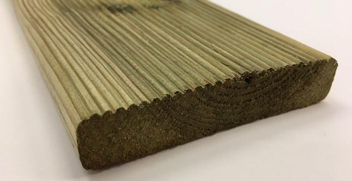 Dettaglio listone in legno di pino ECO 1,9 x 9,5 cm