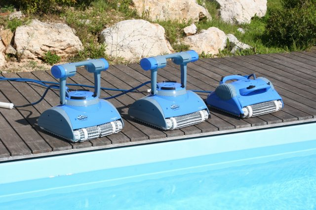 Robot piscina Dolphin Master by Maytronics