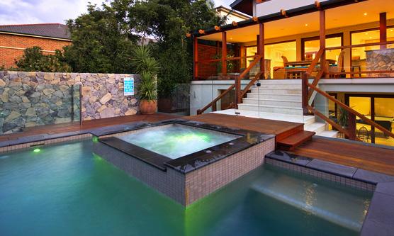 Mini proiettore piscina