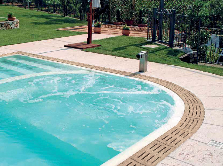 Griglia per bordo sfioratore giallo sabbiato antiscivolo for Bordi per piscine prezzi