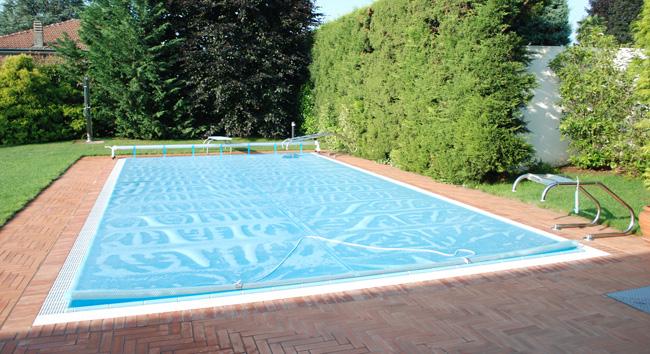 snodo per scaletta piscina