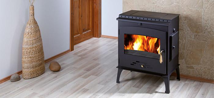 Stufa a legna ARKTIC 12 da 4 a 12,3 kW con piano cottura