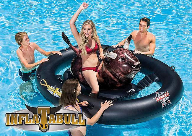 Gonfiabile galleggiante Rodeo Toro per piscina
