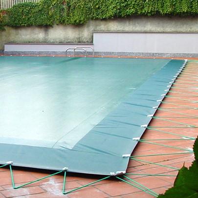 Copertura invernale per piscina con occhielli