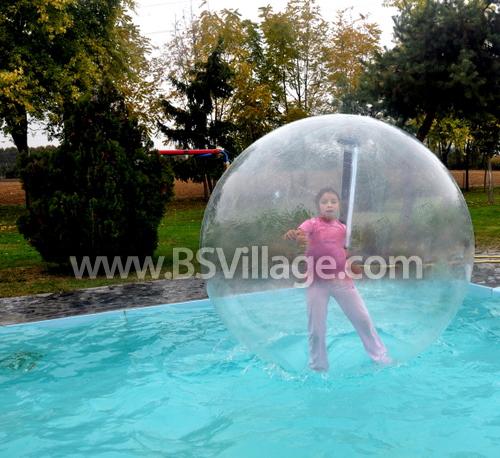 Palla zorb hydro in pvc trasparente per piscina - Poltrone gonfiabili per piscina ...
