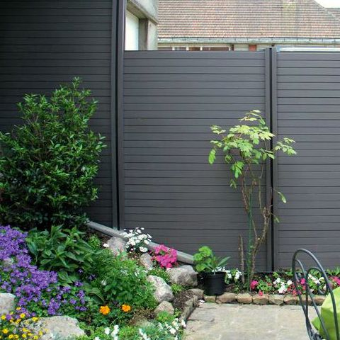 Recinzione da giardino in wpc legno composito kit di for Divisori da esterno